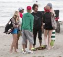 Lindsay_Lohan_-_wearing_a_bikini_top_at_a_beach_in_California_014.jpg