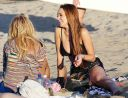 Lindsay_Lohan_-_wearing_a_bikini_top_at_a_beach_in_California_058.JPG
