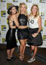 Willa_Holland_Arrow_press_line_at_Comic_Con_in_San_Diego_007.jpg