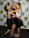 Willa_Holland_Arrow_press_line_at_Comic_Con_in_San_Diego_009.jpg